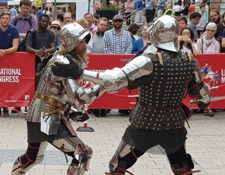 """""""Make Leeds Medieval"""": voltando à Idade Média nos confins da Inglaterra"""